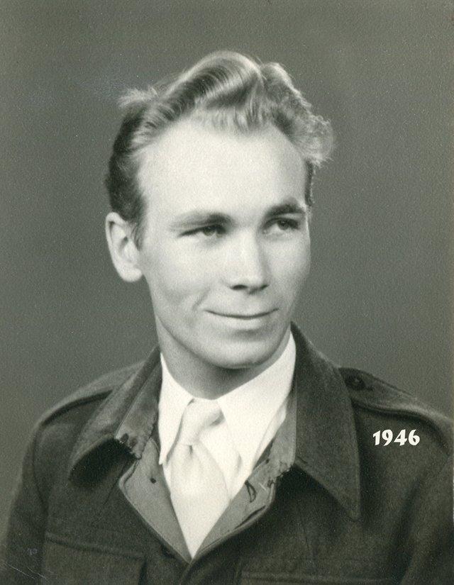 1946 Arnold Jeschke in battle jacket portrait-600ppi.jpg