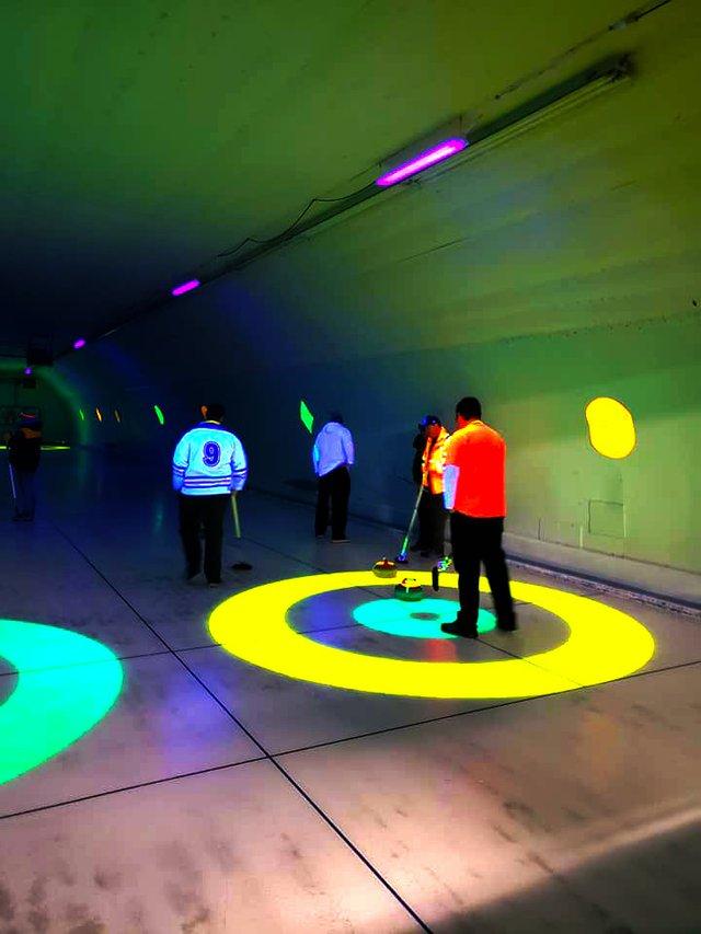 glow curling.jpg