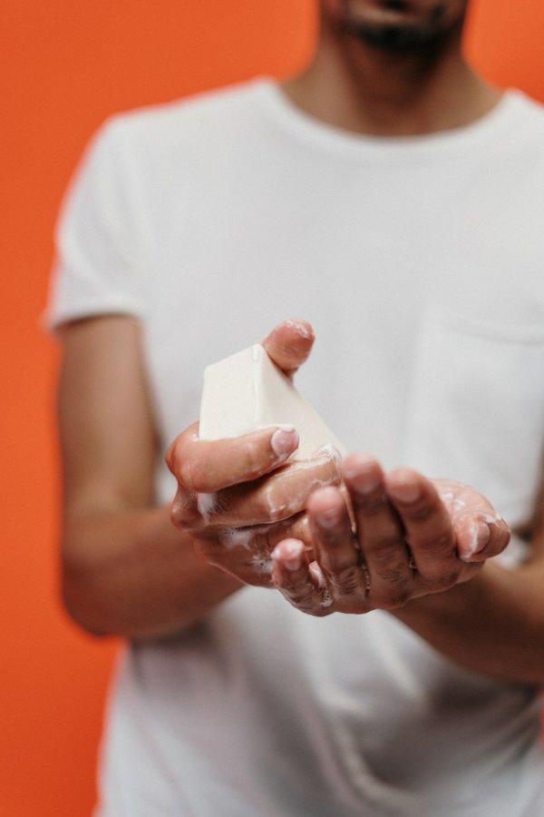 man-hands-people-woman-3952248.jpg