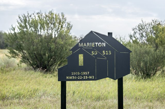 Marieton School.jpg