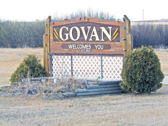 Town sign SPRING.jpg