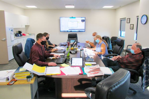 Shocking Comments- Photo of Dufferin Council sitting around table on Nov 18 2020 - Dec 7 2020.JPG